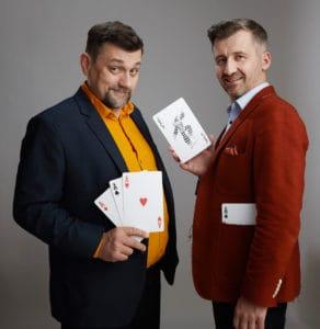 Komunikowanie zmian to gra w pokera. Jacek Wasilewski i Grzegorz Tomaszewski grają i nauczają tej sztuki od lat