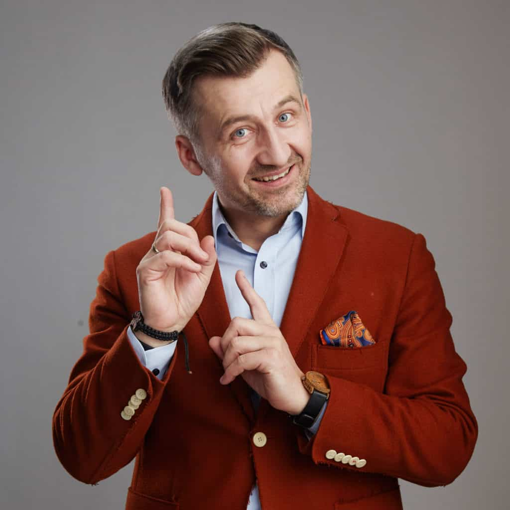 Kształcenie mówcy tym Grzegorz Tomaszewski zajmuje się od 15 lat
