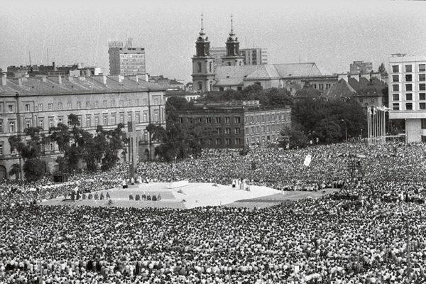 Przemawienie Jana Pawła II na Pl. Zwycięstwa to najwybitniejsze przemówienie w jistorii Polski